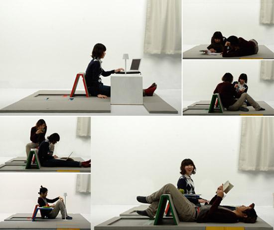 escritorio en el suelo